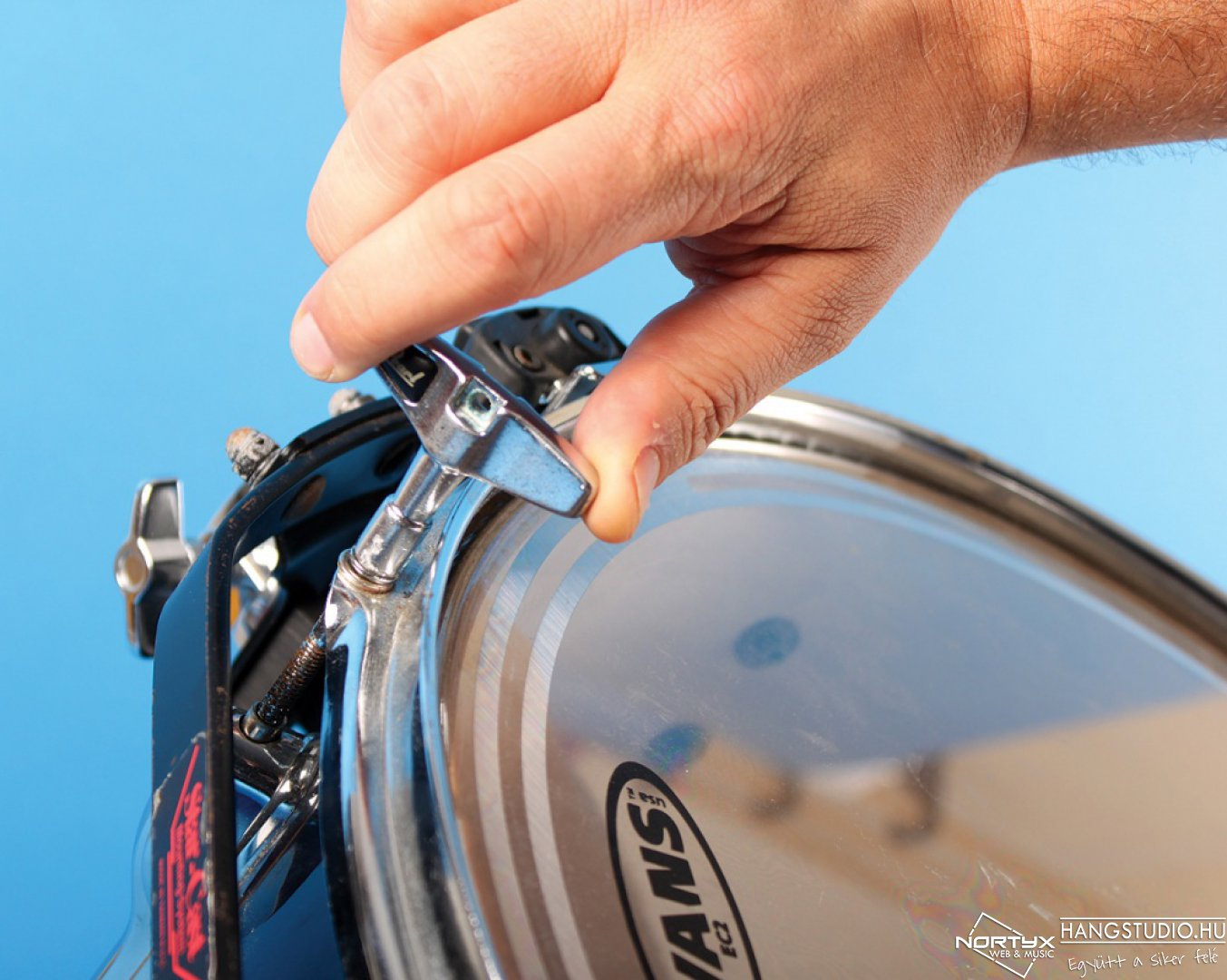 Az akusztikos dob behangolásának 6 lépése